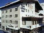 Hotel Arlberghaus GmbH & Co KG - Hotel Arlberghaus