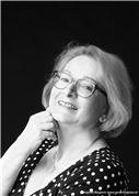 Caecilie Pogats - Psychologische Astrologin mit Diplom der Wiener Schule der Astrologie