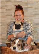 Anita Paulina Brunnbauer -  Darlings Hundestylistin Anita Brunnbauer