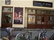 ELFE Handels OG - MakeUp Pro Tel.:+431 522 7783