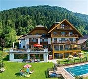 Hotel Hubertushof - HUBMANN GmbH -  Naturerlebnis Kinderhotel Hubertushof